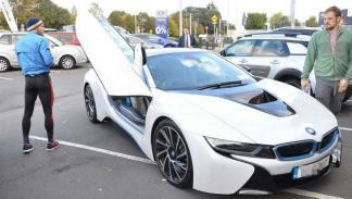 2 - BMW i8