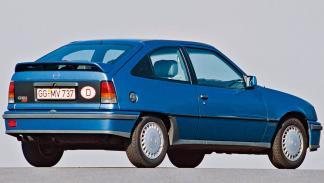 Opel Kadett GSi compacto deportivo ligero