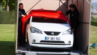 seat vende coches amazon entrega caja