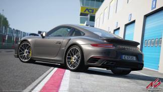 Por fin puedes conducir un Porsche oficial