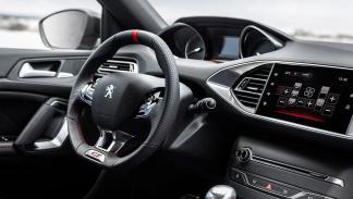 Rivales del SEAT León Cupra 2017 - Peugeot 308 GTI - 270 CV