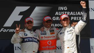 Rosberg muy feliz al subirse en el GP de Australia 2008 por primera vez al cajón en la F1