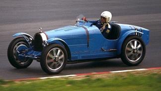 El Bugatti T35B de Mason en plena acción
