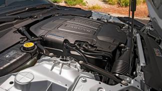 Jaguar F-Type-R motor