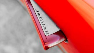 Jaguar F-Type-R tirador de la puerta