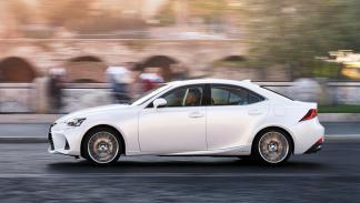 Lexus IS 300h 2017