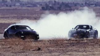 Un Nissan 370Z muy bruto haciendo drifting