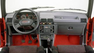 Peugeot 205 GTI compacto deportivo