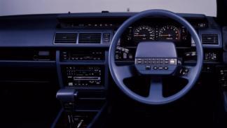 Teléfono manos libres para el coche (III)