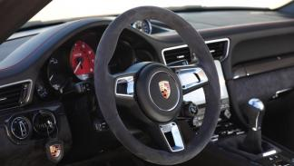 Prueba Porsche 911 Carrera GTS Cabrio (volante)