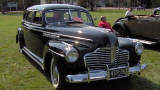 Chuck Berry poseyó un Buick del 41 similar a este