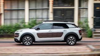 Coches que aparcan solos, Citroën C4 Cactus (II)