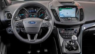 Coches que aparcan solos, Ford Kuga (II)