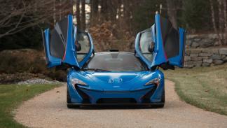 McLaren P1 azul