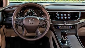 Coches con el mejor interior 2017: Buick LaCrosse
