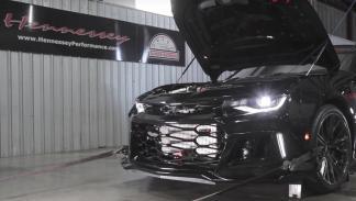El Hennessey Camaro ZL1 Exorcist dándolo todo en un banco de potencia