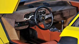 Lamborghini Countach LP400 Periscopio superdeportivo clasico