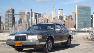 Lincoln MK VIII (I)