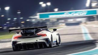 Los 12 hiperderportivos para circuito más salvajes - Aston Martin Vulcan