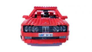 BMW M3 E30 Lego rojo