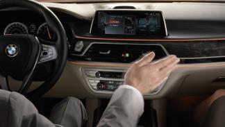 Innovaciones en los coches: control por gestos (I)