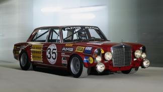 Apodos para coches: Mercedes 'cerdito rojo'