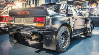 Los coches de rally más brutales de todos los tiempos - Toyota 222D