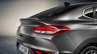 Hyundai i30 Fastback zaga