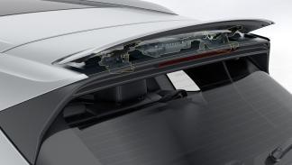 5 tecnologías del Porsche 911 presentes en el nuevo Cayenne 2018 - Alerón trasero activo