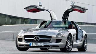 Mercedes SLS AMG Bitcoins