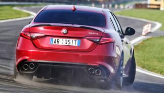 ¿Cómo es la berlina perfecta? La imagen del Alfa Romeo Giulia QV