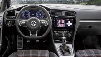 Volkswagen Golf GTI 230