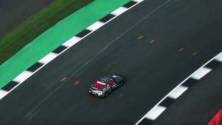 Así es el Nissan GT-R de radiocontrol... ¡a tamaño real!