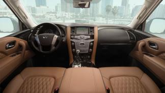 Infiniti QX80 2018 SUV de lujo grande enorme