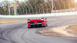 Prueba Ferrari FXXK (curva)