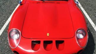 Una réplica de Ferrari GTO creada sobre un Datsun