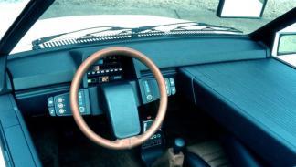 Los 10 cuadros de mandos más molones de los años 80