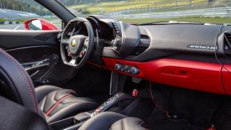Ferrari 488 GTB (interior)