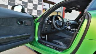 deportivo aleman AMG GT-R lujo circuito prestaciones verde mate