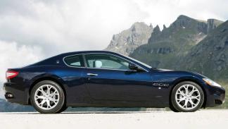 deportivo lujo altas prestaciones italia elegancia