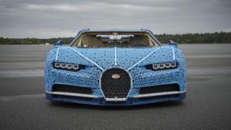 Bugatti Chiron con piezas Lego