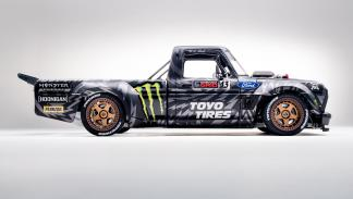 Pick-up Ken Block Hoonitruck (perfil)