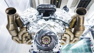 Motor del Aston Martin Valkyrie (2)