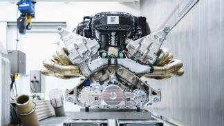 Motor del Aston Martin Valkyrie (3)