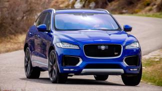 Jaguar F-Pace, curva