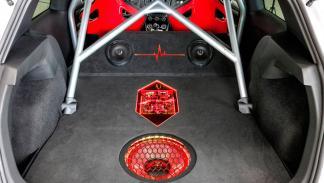 Volkswagen Golf GTI Heartbeat audio equipo sonido