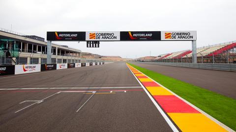 Circuito-Motorland-Aragón-recta-principal