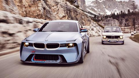 BMW 2002 Hommage frontal turbo antiguo homenaje