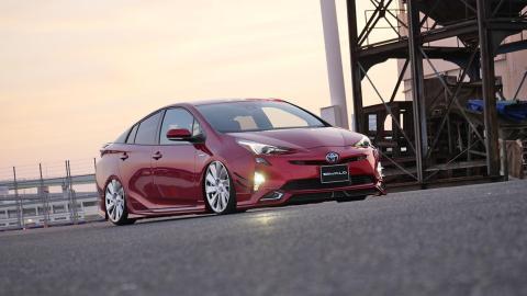 Toyota Prius de Wald con sus llantas de 20 pulgadas