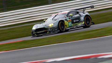 Circuito 24h Le Mans Sarthe Aston Martin